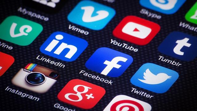 Подписывайтесь на Creautor в социальных сетях!