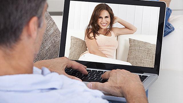 Кто обучается на курсах онлайн-школы Creautor?